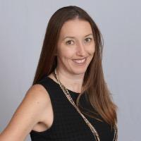 Melissa Cruz Headshot