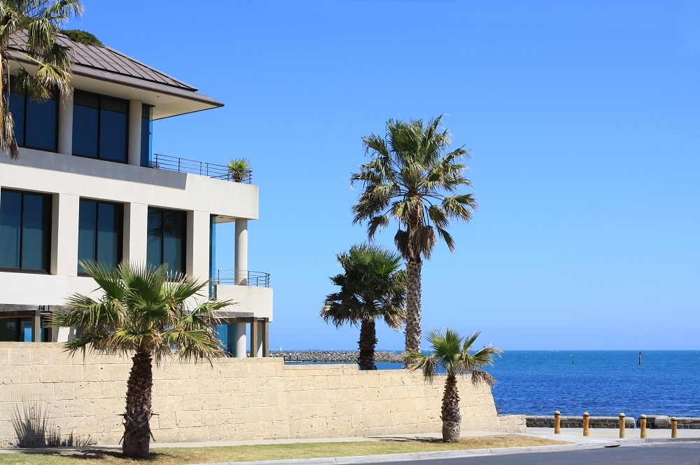 4 Ways to Help Prevent Salt Water Damage to Your Home