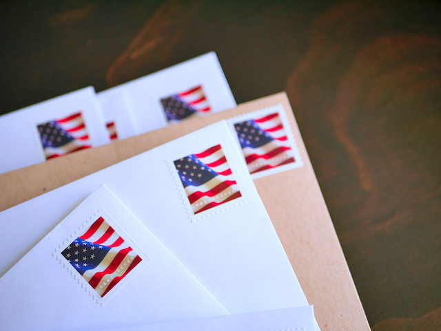 2 Ways to Stop Mail for Previous Residents