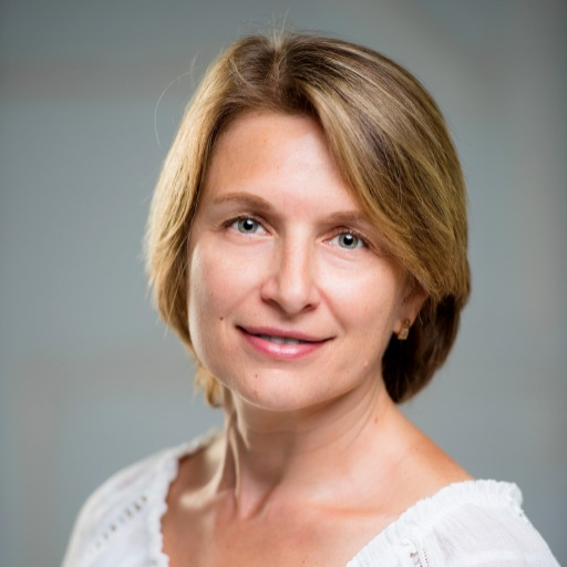 Olena Makhnyuk Photo