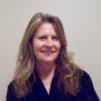 Paula Berglund Headshot