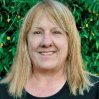 Debbie Epperson Headshot