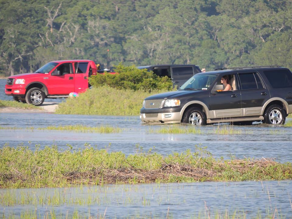 Beaufort Life: Tides, sandbars & life along the water