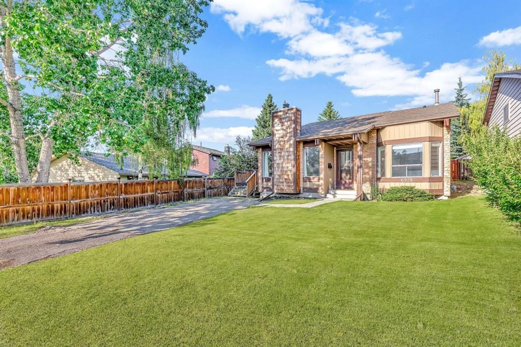 Home For Sale Calgary NW