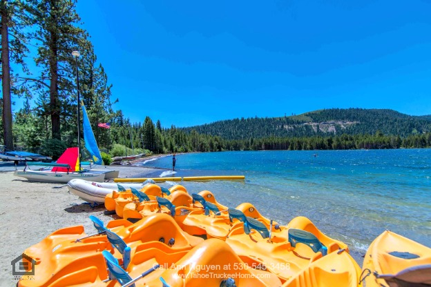Tahoe Donner Truckee CA Lots - This Tahoe Donner lot for sale offers the ultimate retreat and privacy.