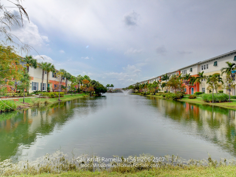 Townhomes in Pompano Beach FL - Comfort, elegance, and space merge in this Pompano Beach FL townhome for sale.