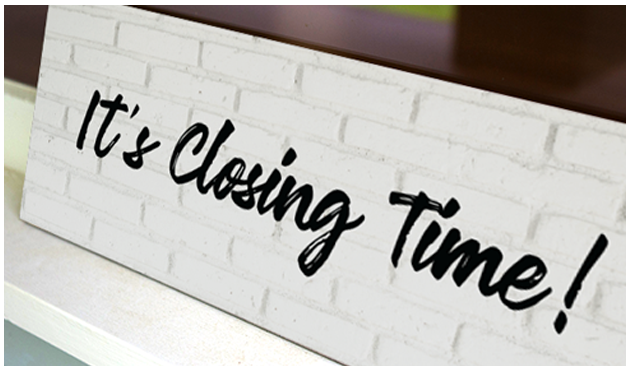 Closing time sign