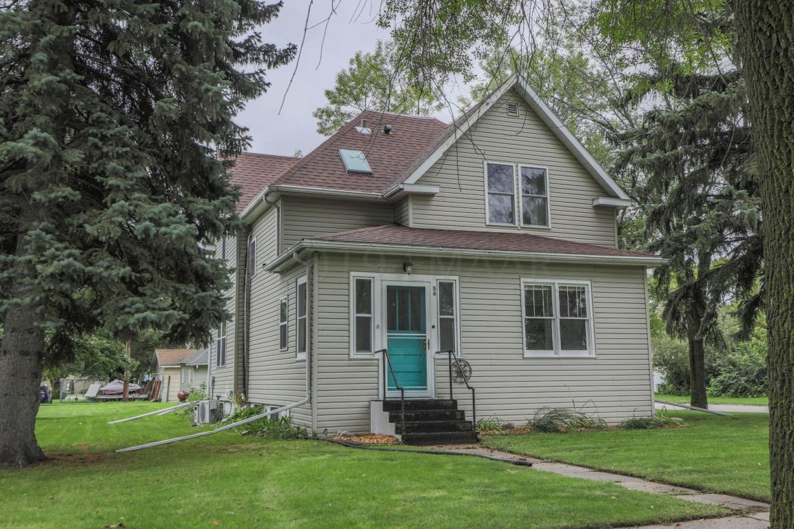 Home for sale in Mayville ND, 54 5th Ave SE