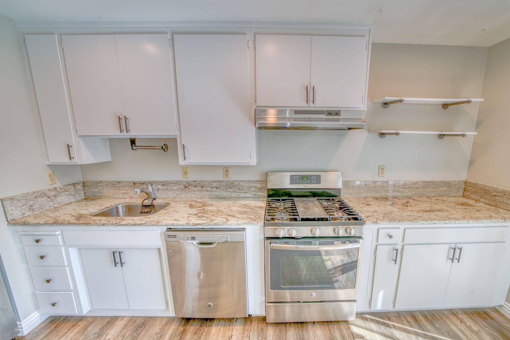South Hills Manor Condominium Kitchen