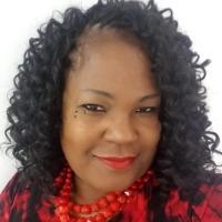 Monique Curtis Headshot