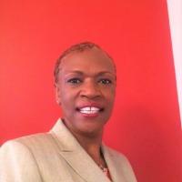 Yolanda Powell Headshot