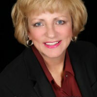 Barbara Leatherwood Headshot