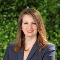 Anne Warren Headshot