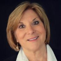 Kathleen Standish Headshot