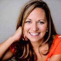Laura Mosher Headshot