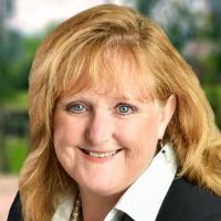 Cynthia Ellis Headshot
