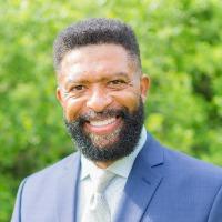 Dennis Johnson Headshot