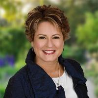 Barbara Rapier Headshot