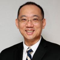 Ken Kim Headshot
