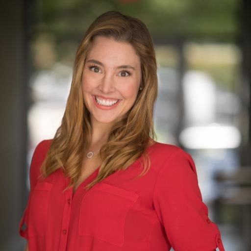 Katie Luera Headshot