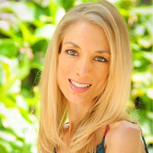 Jennifer  Elias  Photo