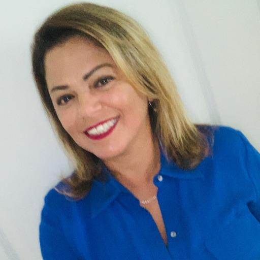 Melanie V Lopez Photo
