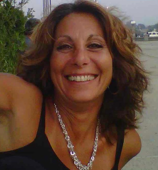 Kim Kosta Photo