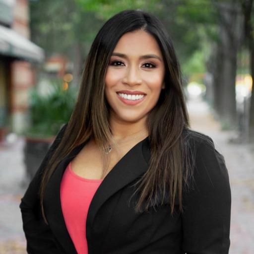 Helen Gomez Photo