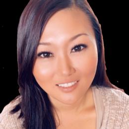 Gena Chong Headshot