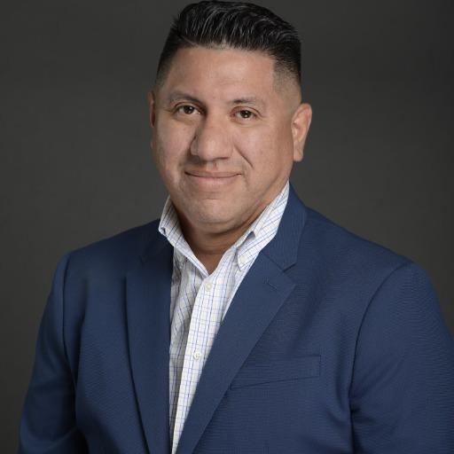 Marc Espinoza Headshot