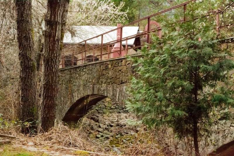 Grass Valley Bridge