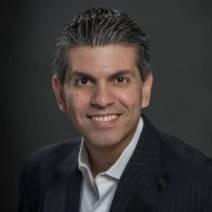 Juan Carlos Rutilo Headshot