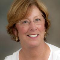 Debbie Scheffter Headshot