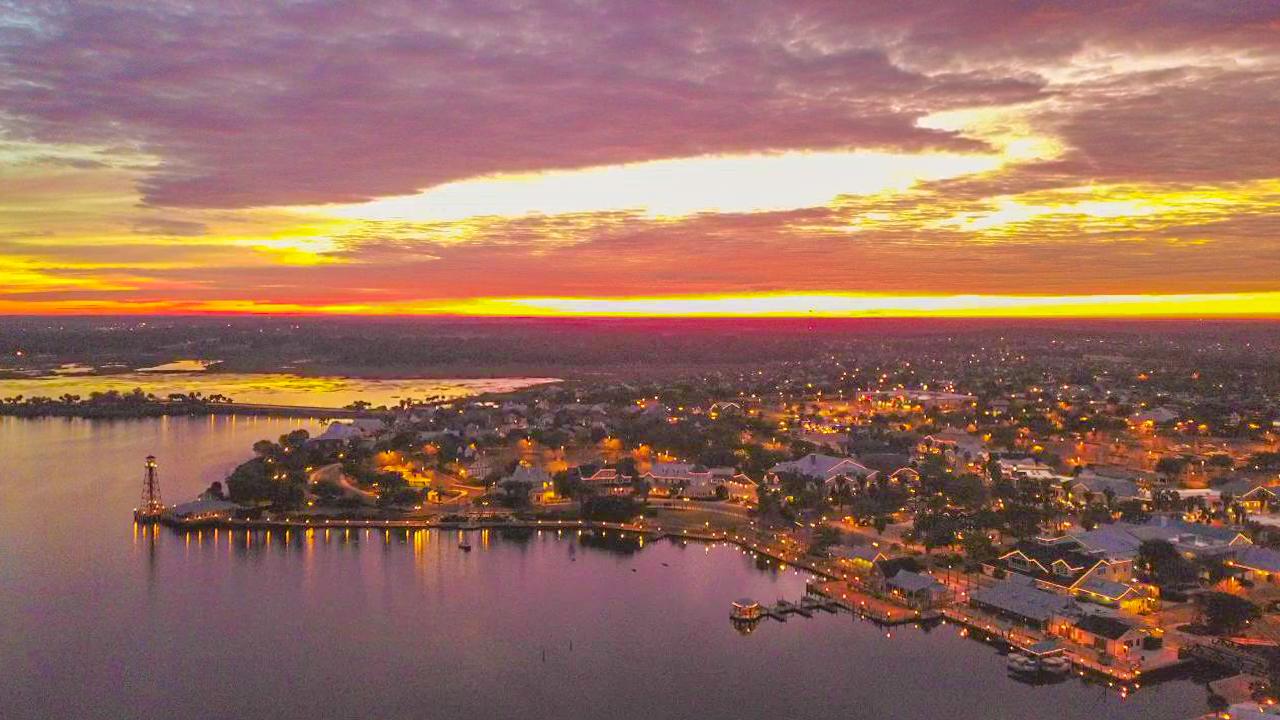 Lake Sumter Landing, The Villages Florida