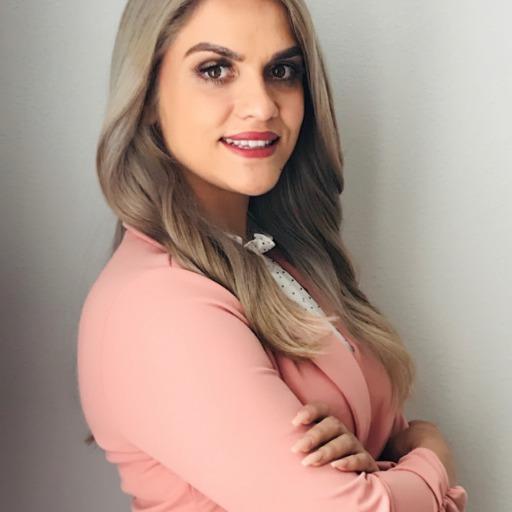 Joanne Regalado Headshot