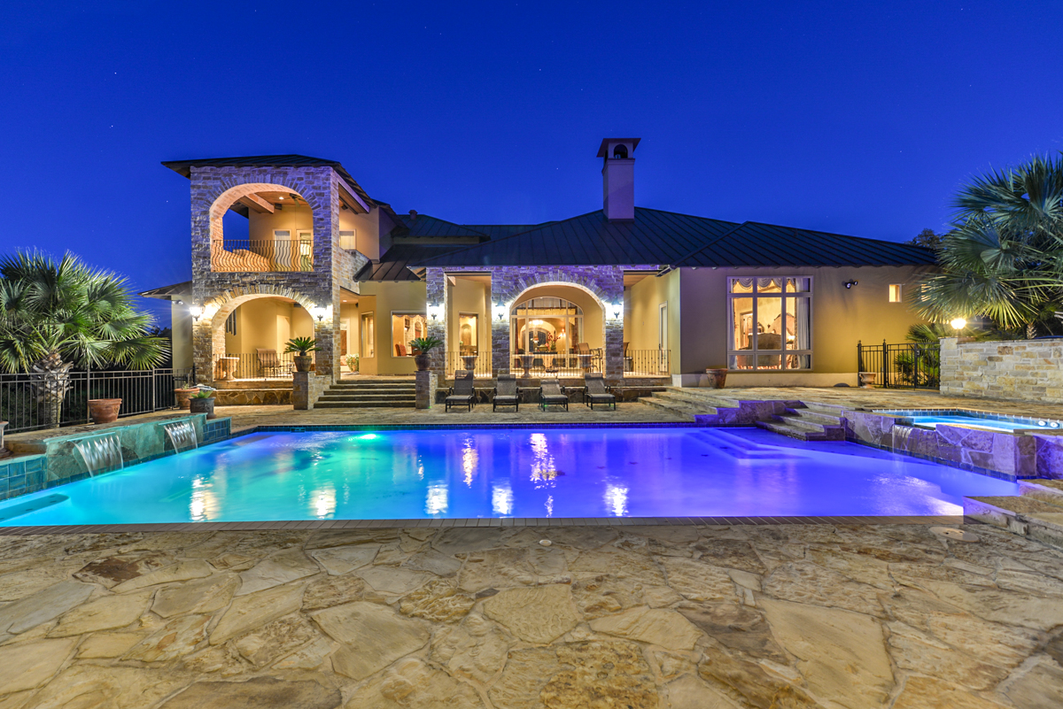 Best San Antonio Luxury Realtor Mario Hesles