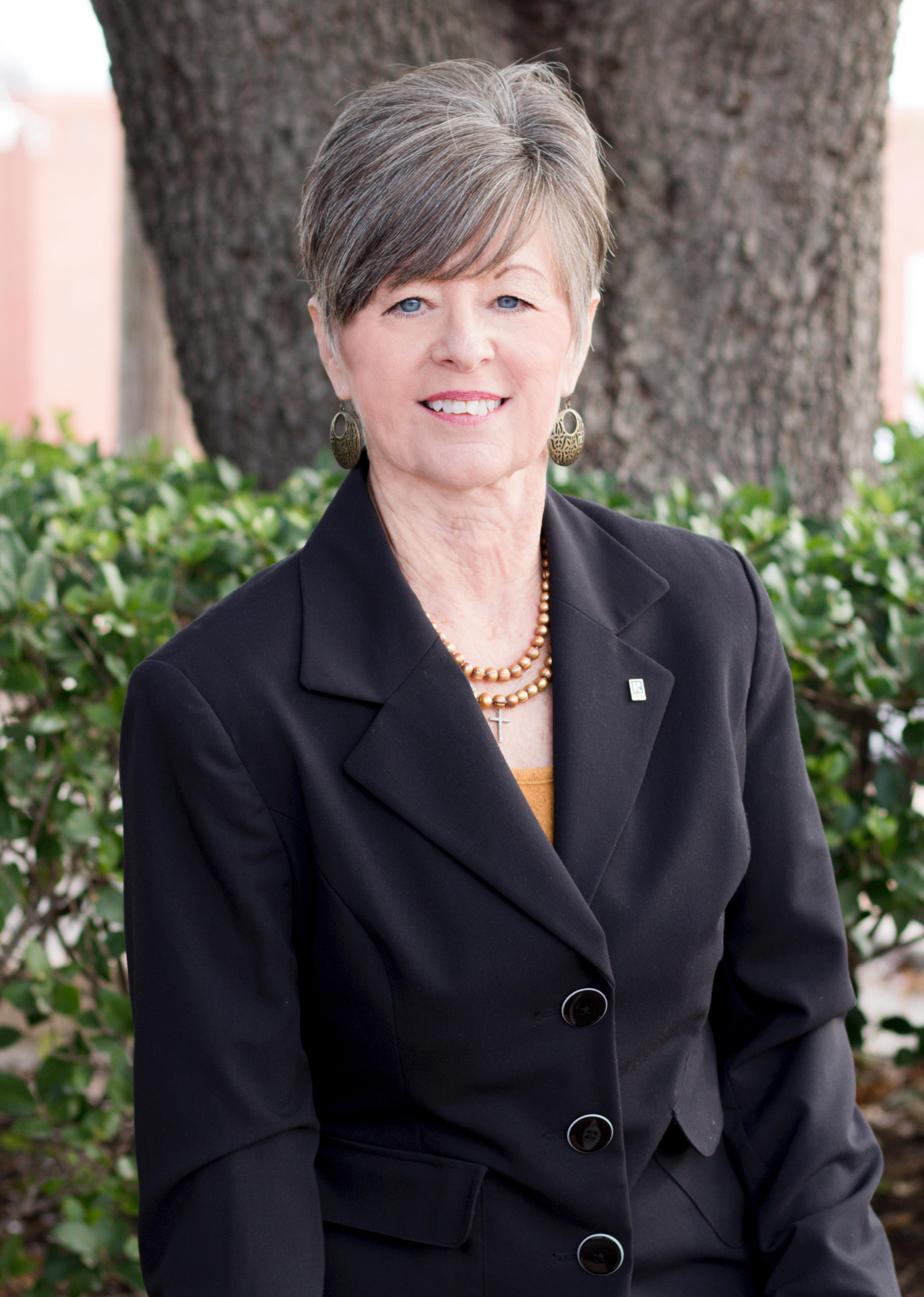 Debbie Romine McMillan