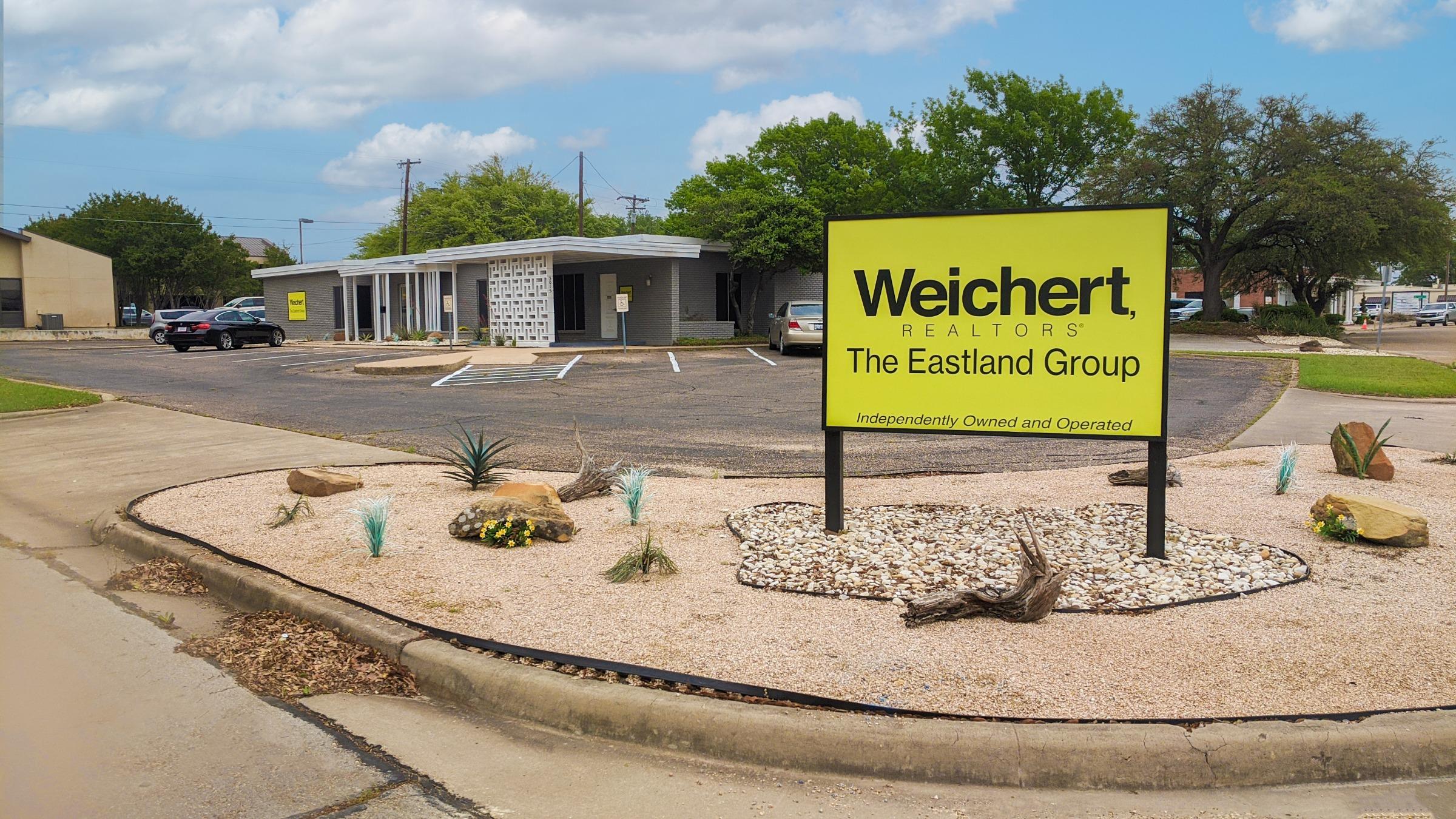Weichert, Realtors® - The Eastland Group - Waco Logo