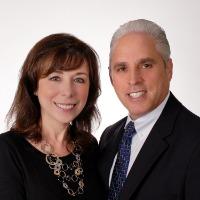 Robyn & Andrew Jacober Headshot